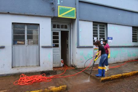 """Realizado primeiro """"Dia Municipal de Higienização e Limpeza"""""""